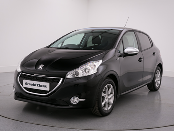 Vehicle details for 15 Peugeot 208