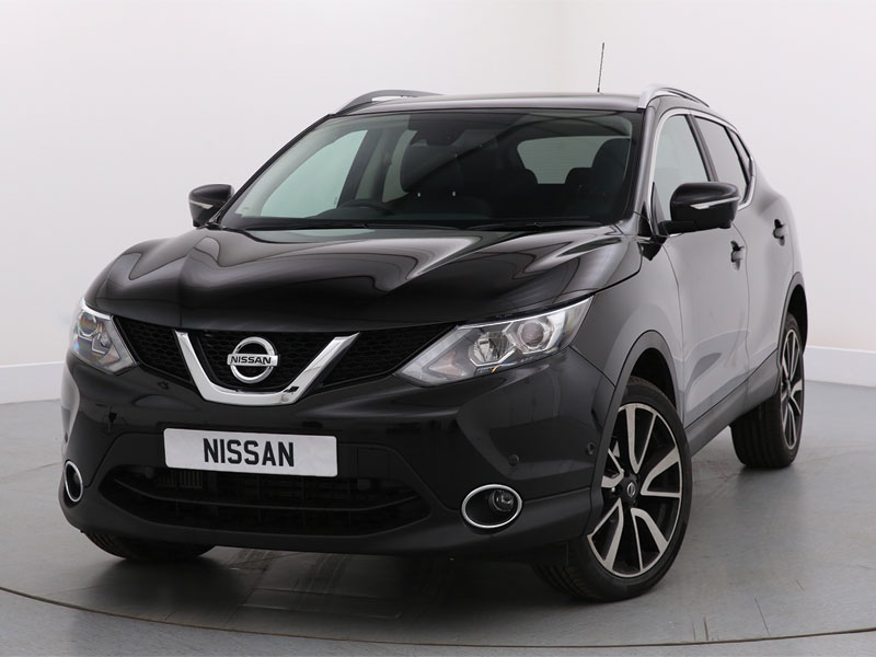 Nearly New 67 Nissan Qashqai 1.5 dCi N-Connecta [Glass Roof Pack ...