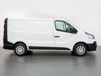 Vehicle details for 18 Renault Trafic