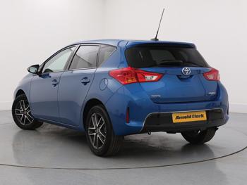 Vehicle details for 65 Toyota Auris