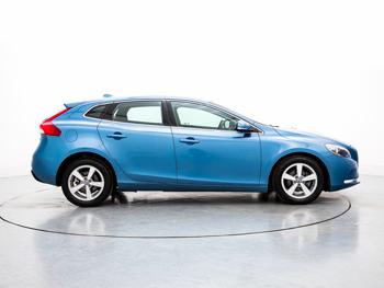 Vehicle details for Brand New 16 Volvo V40